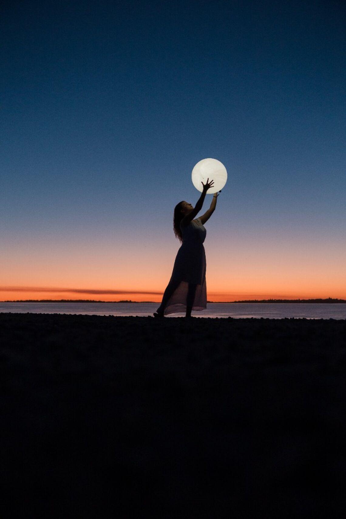 Full Moon Sunday Night! Image